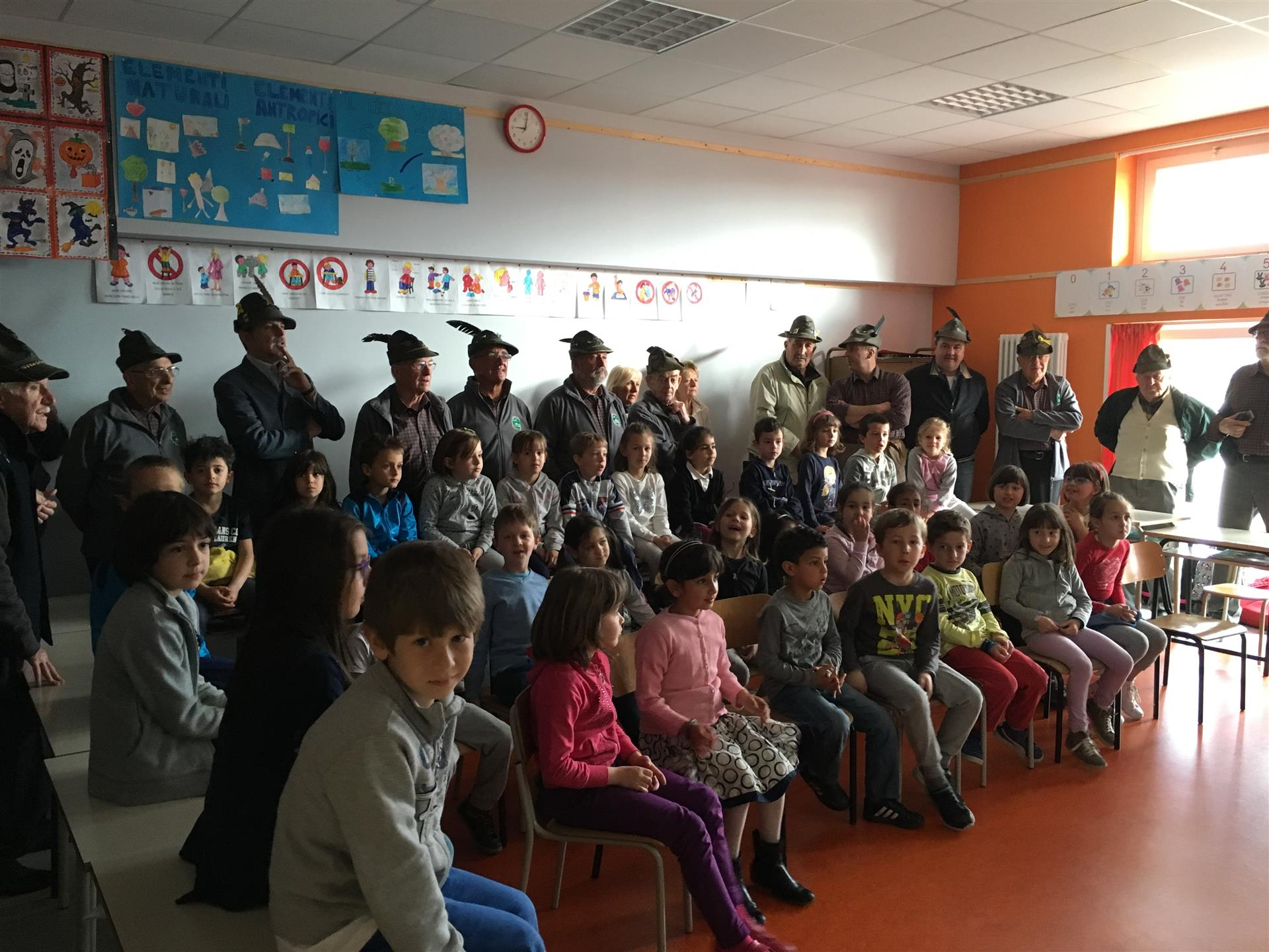 In visita presso la scuola primaria
